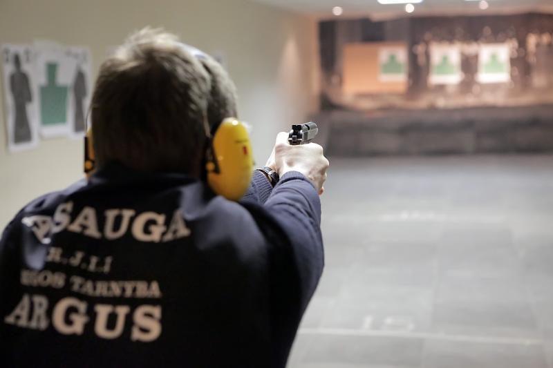 """""""Argus"""" taurę šaudymo turnyre Klaipėdoje iškovojo trijulė GDR"""