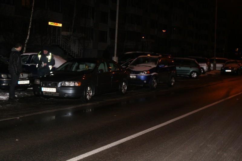 Vilniuje neblaivus vairuotojas sukėlė avariją, nukentėjo trys merginos