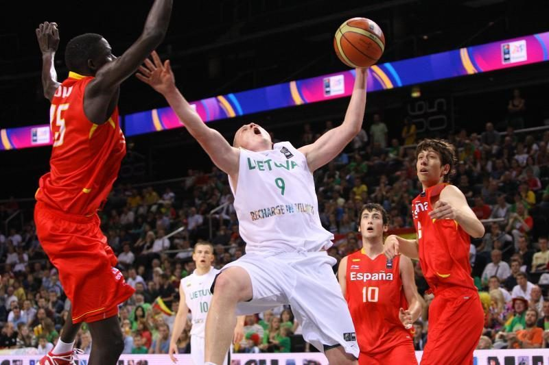 Jaunieji krepšininkai kapituliavo dvikovoje su Ispanijos rinktine