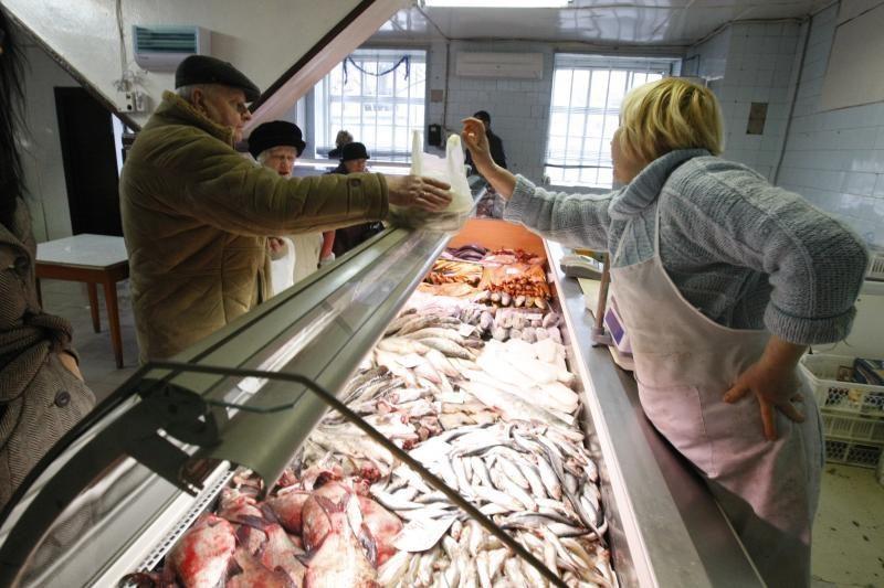 Klaipėdos turgavietėse prekybą pagyvino stintos