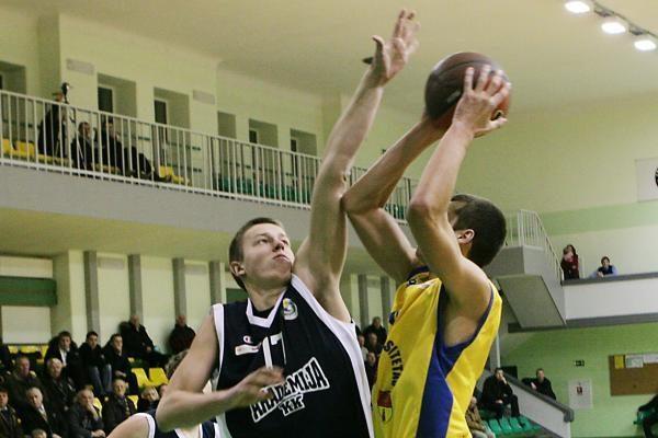 """NKL: """"Nafta-Universitetas"""" sutriuškino Vilniaus krepšininkus"""