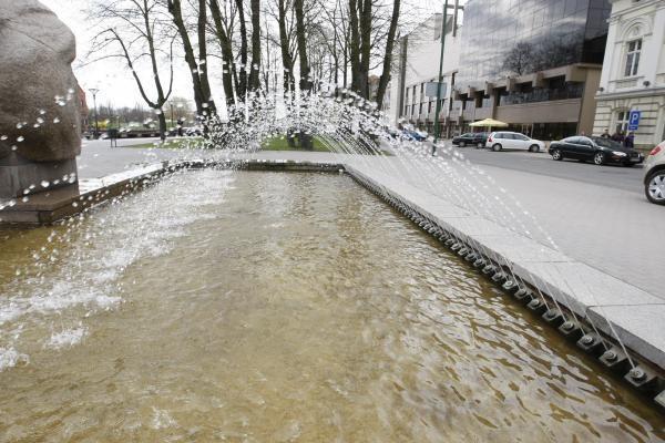 Klaipėdoje pradėjo veikti fontanai