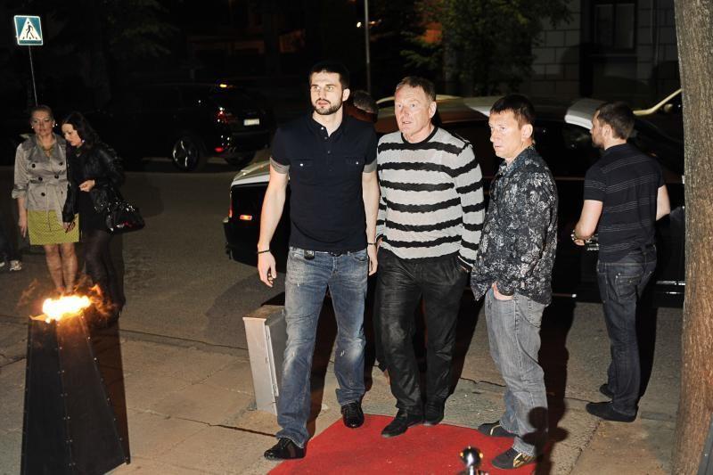 "Naktinio klubo ""Macao Open Air"" atidaryme – įžymybių desantas"