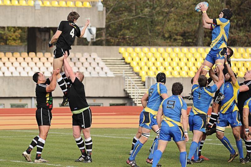 Lietuvos regbininkai su švedais sužaidė lygiosiomis