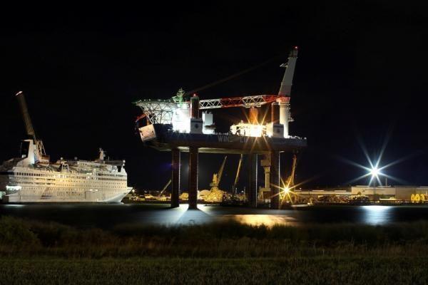 """Vakarų laivų gamykloje tikrinamas laivas """"WindLift1"""""""