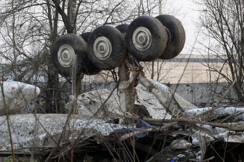 L.Kaczynskio lėktuvo katastrofos byloje – kaltinimai dviem karininkams