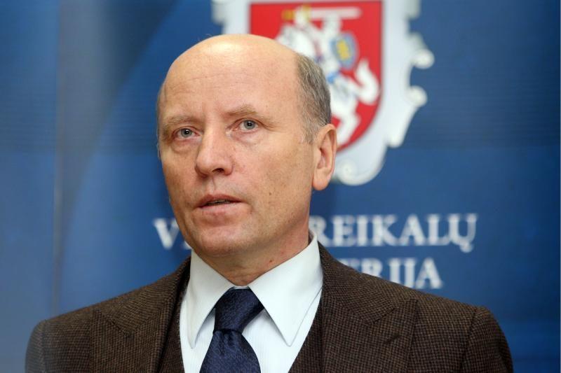 Antikorupcijos komisija reiškia nepasitikėjimą ministru R.Palaičiu