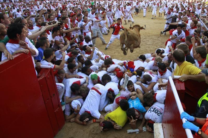 Pamplonoje per paskutinį bulių bėgimą subadyta australė