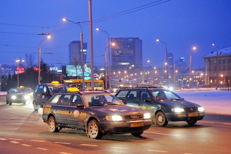 Vilniečius vežios ir savivaldybės taksi (atnaujinta)