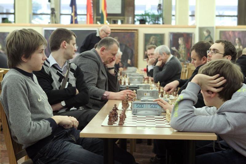 """Seime vyko tradicinės šachmatų varžybos """"Seimo taurė – 2012"""""""