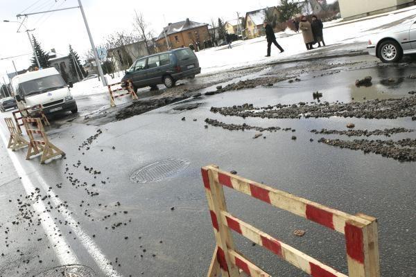 """Kaune vidury gatvės išsiveržė """"fontanas"""""""