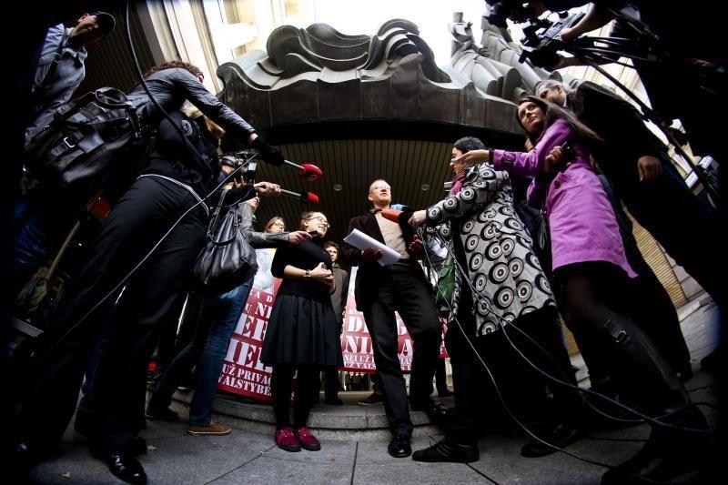 Protestuotojai: yra dalykų, kurių nevalia dergti niekam
