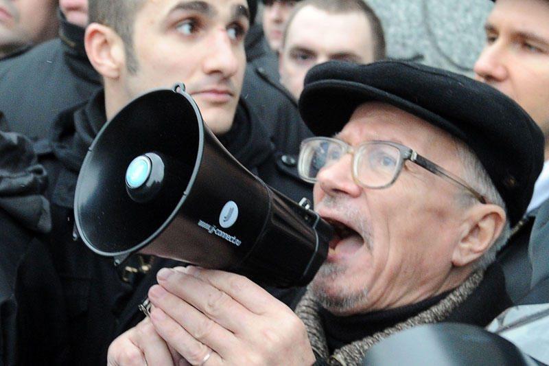 Maskvoje Triumfo aikštėje sulaikytas E.Limonovas