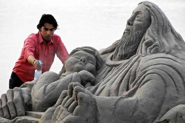 Kaune iškils Arvydo Sabonio smėlio skulptūra