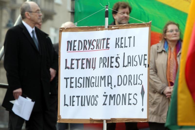 Visuomenininkai laimėjo bylą dėl mitingo prie Seimo