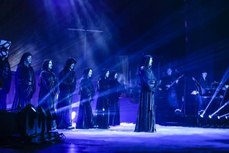 """""""Žalgirio"""" arenoje širdį virpino virtuoziškieji """"Gregorian"""""""