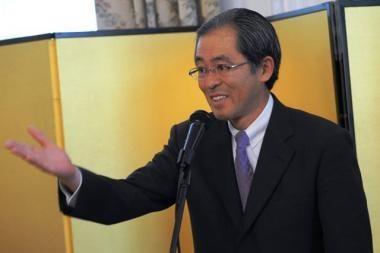 Japonija ketina atšaukti savo ambasadorių iš Rusijos