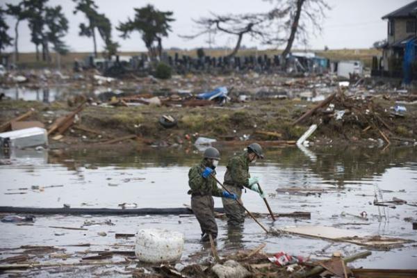 Mokslininkai: drebėjimas nutolino Japoniją ir Korėją