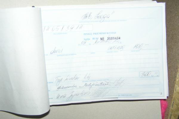 Sukčiai pasisavindavo už baldų ir langų gamybą surinktus pinigus