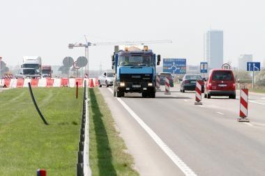 Šventės pajūryje koreguoja eismą autostrada