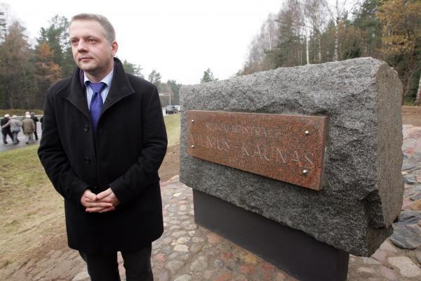 Vilnius–Kaunas: lietuviškomis dešromis grįsta magistralė