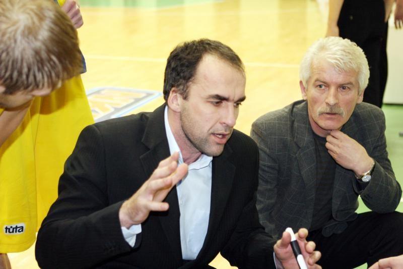 """Klaipėdos """"Naftos-Universiteto"""" krepšininkai žaidė be atlyginimų"""