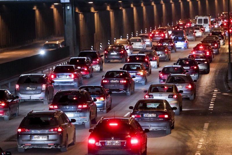 Pirmininkavimas ES Tarybai jau pildo automobilių pardavėjų kišenes