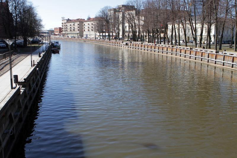 Aplinkosaugininkai tęsia tyrimą dėl teršalų Danėje