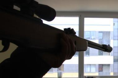 Namuose bandė nusišauti klaipėdietis (papildyta)