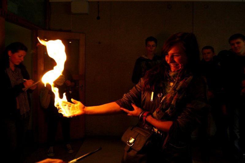 """""""Tyrėjų naktyje"""" – ir pavojingi triukai su ugnimi"""