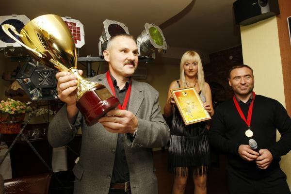 """""""Atlanto"""" futbolininkams – čempionų medaliai ir nugalėtojo taurė"""