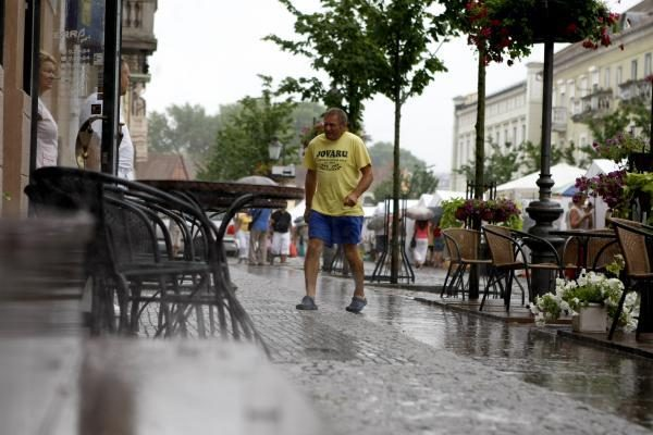 Klaipėdos gatves plovė liūtis
