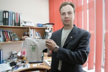 A.Veryga: mokslininkų Seimo nariams reikia tik tada, kai reikia persodinti pragertas kepenis