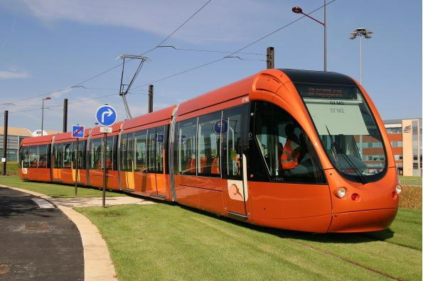 "Ukrainiečių LAZ ""keps"" prancūziškus tramvajus"