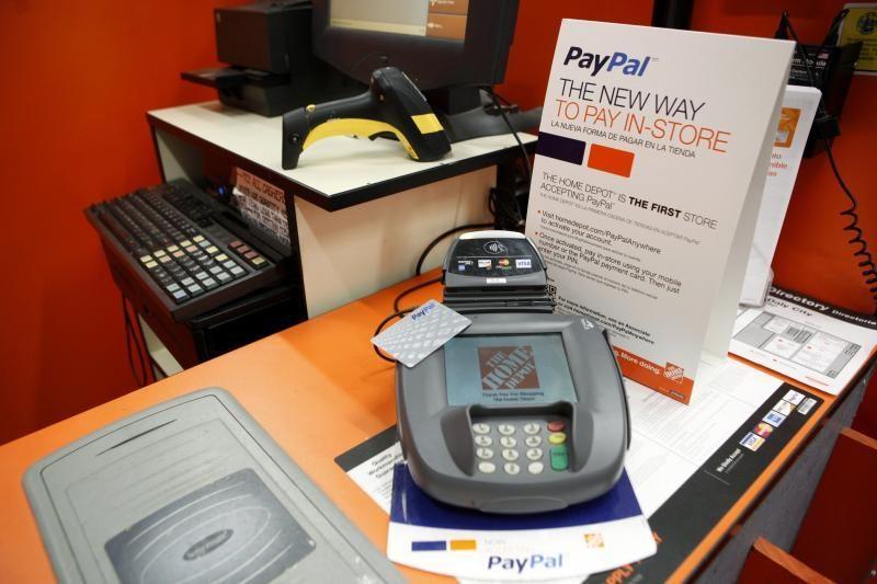 """""""PayPal"""" užsimojo sukurti tarpgalaktinę valiutą"""