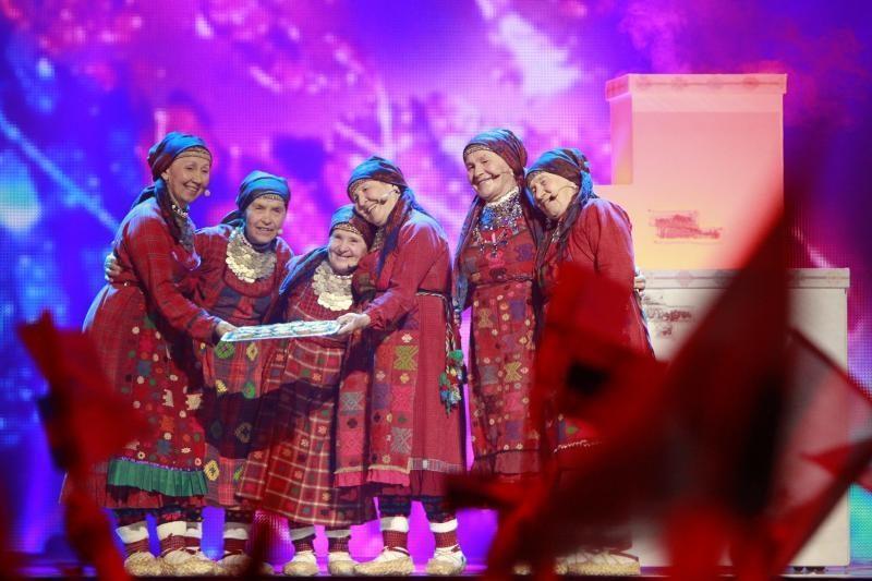"""Švedija liaupsina """"Eurovizijos"""" laimėtoją Loreen"""