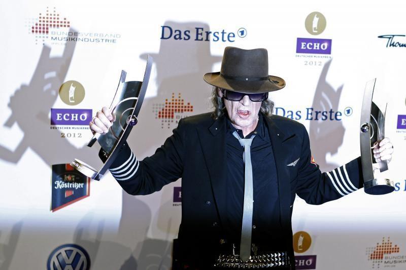 Per ECHO muzikos apdovanojimų ceremoniją Adele nurungė Lady Gagą
