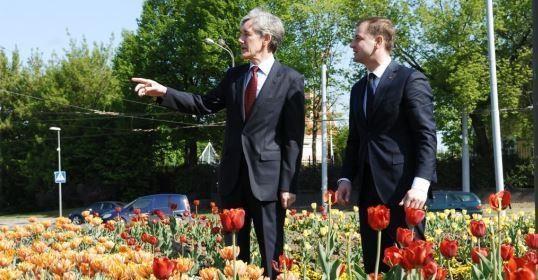 Olandai prisiminė, kad ir A. Zuokas myli gėles