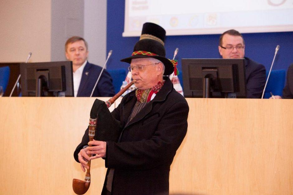 Tarptautinėje konferencijoje – tautinio kostiumo svarba ir šiuolaikinės mados