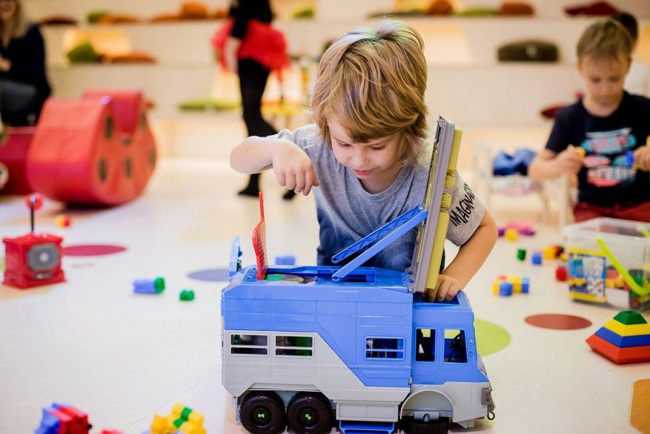 Patarimai, padėsiantys išrinkti žaislą vaiko kalėdinei dovanai