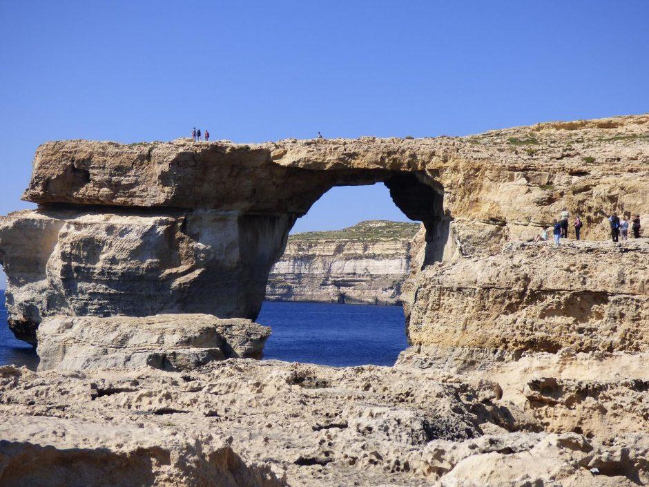 Liūdna žinia turistams: sugriuvo Maltos gamtos stebuklas