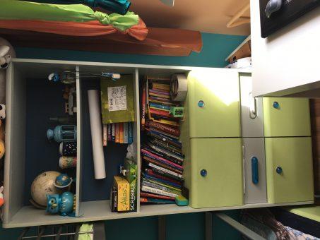 Skelbimas - Vaikų kambario baldų komplektas