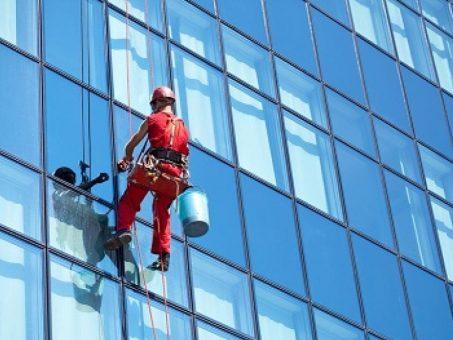 Skelbimas - Aukštuminis langų, stiklu, fasadų valymas