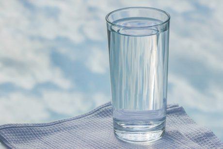 gydant hipertenziją stikline vandens vaistas nuo hipertenzijos ir menopauzės