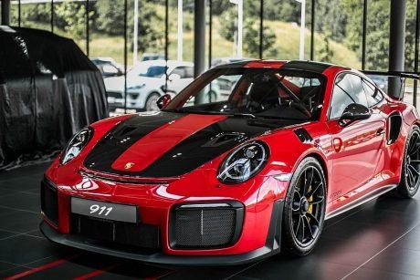 """Lietuvis įsigijo greičiausią kada nors pagamintą """"Porsche 911"""""""