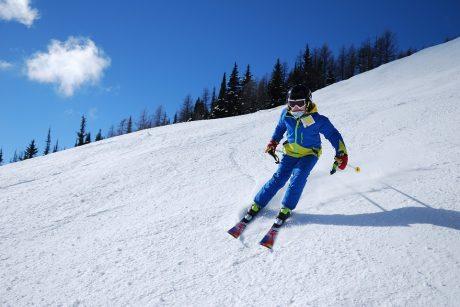 Tarptautinę sniego dieną ragina užsiimti žiemos sportu