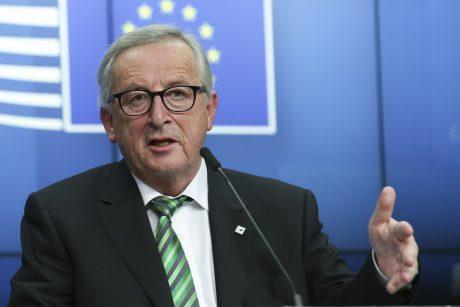 J.-C. Junckeris užsipuolė Vengrijos premjerą dėl melagingų naujienų skleidimo