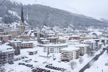 Apsnigtame Davose prasideda Pasaulio ekonomikos forumas