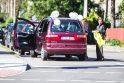 Į vestuves skubėjęs jaunikis Kaune pakliuvo į avariją