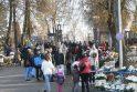Srautai: manoma, kad daugiausia žmonių į kapines vyks savaitgalį ir Visų šventųjų dieną.